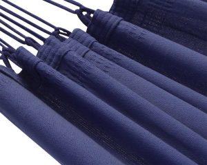 1-2 persoons groot. Deze Braziliaanse hangmat heeft een diepe azuur blauwe kleur. Een laaggeprijsde 1-persoons hangmat