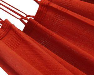 franje. Prachtige diep rode kleur. Topkwaliteit hangstoel. Lange levensduur